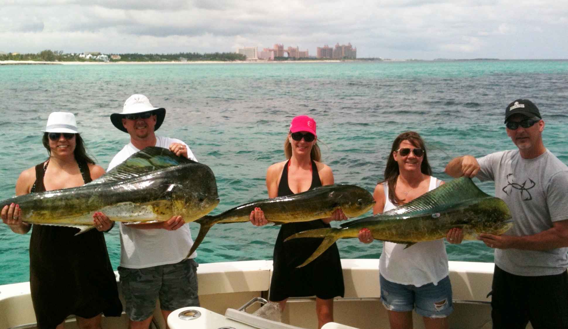 Hall of fame chubasco fishing charters for Bahamas fishing license